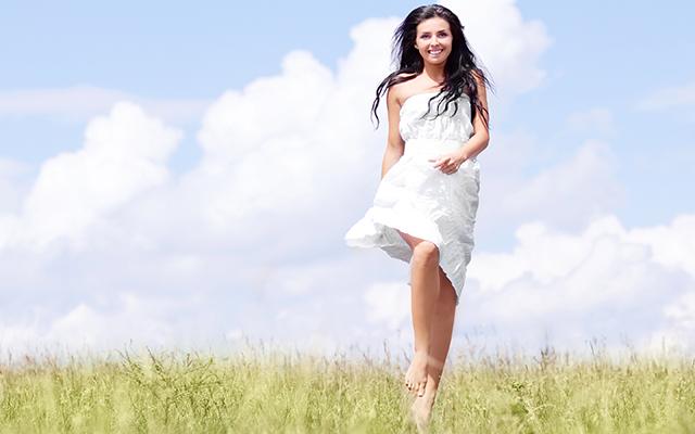 Image result for женщина в белом платье картинка