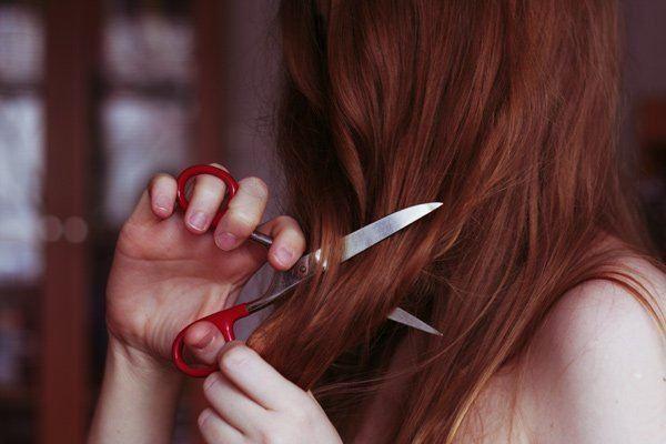 Рыжие девушки со спины фото или